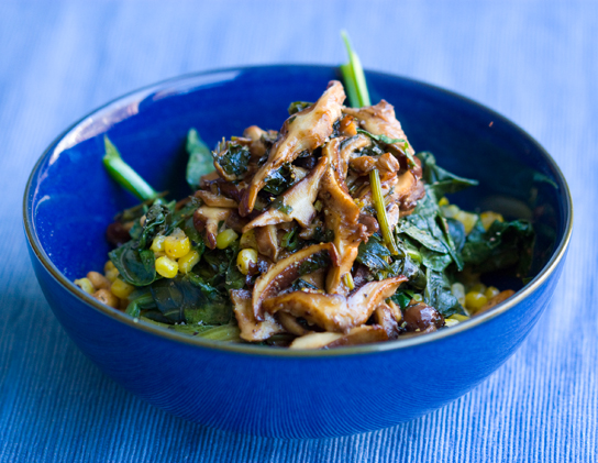 Wilted Spinach Salad with Balsamic Mushrooms